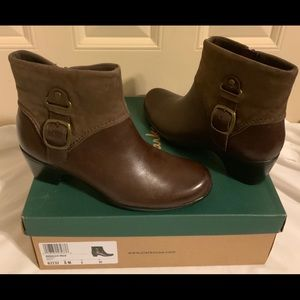 Clark's Ingalls Nile Brown Size 8 Ankle Boot NIB
